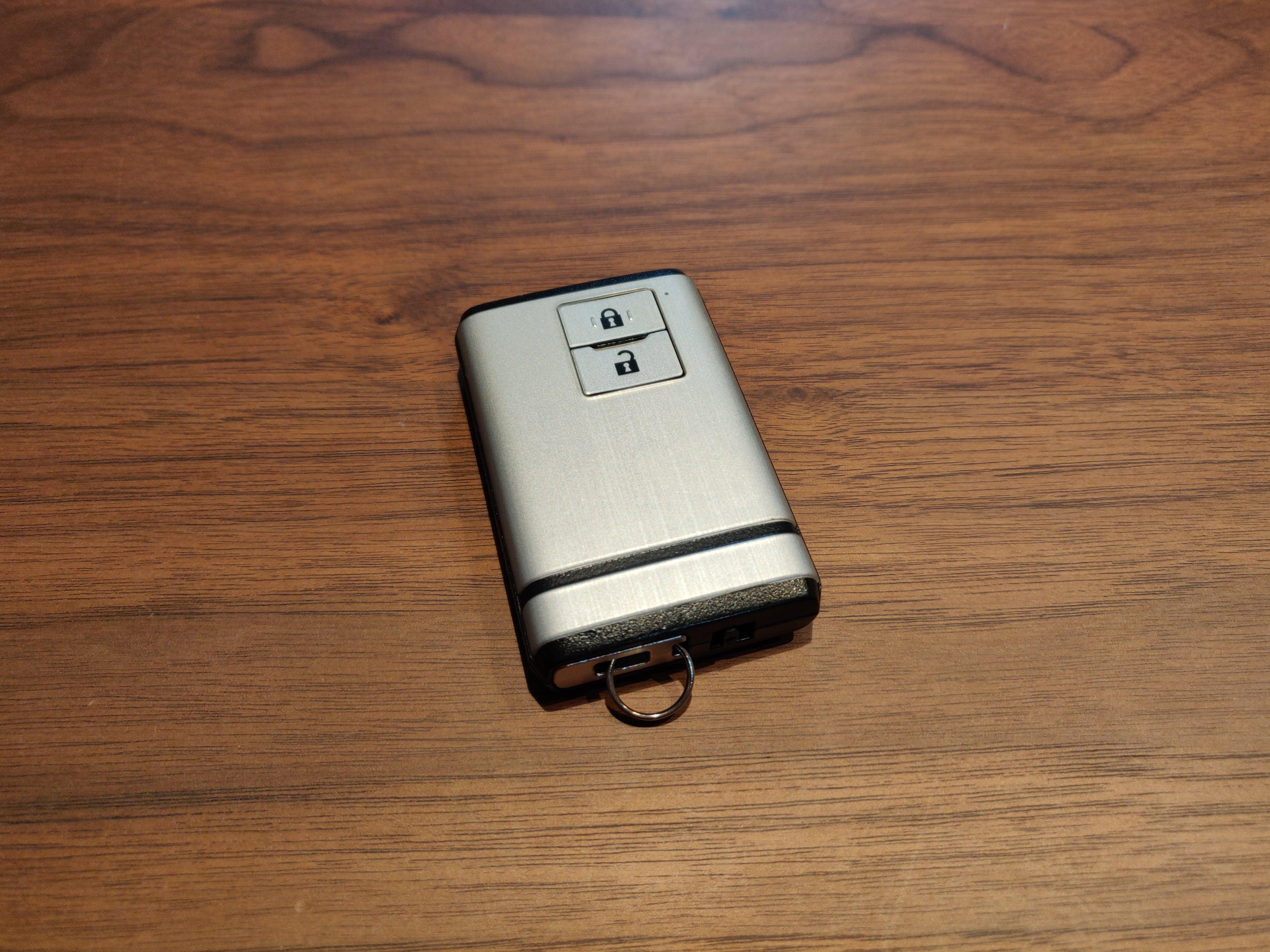 ラ・ロックⅡの電池交換手順